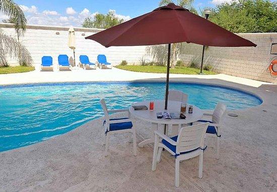 Apodaca, Mexico: Outdoor Pool
