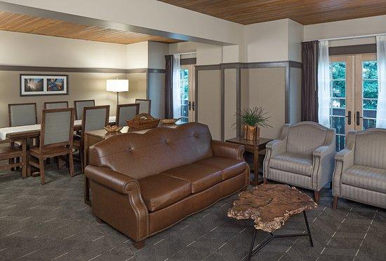 Nebraska City, NE: Hospitality Suite