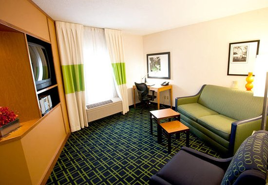 Ankeny, IA: One-Bedroom Suite Living Area