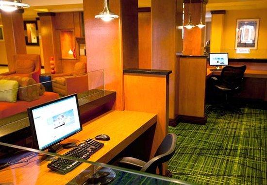 Ankeny, IA: Business Center