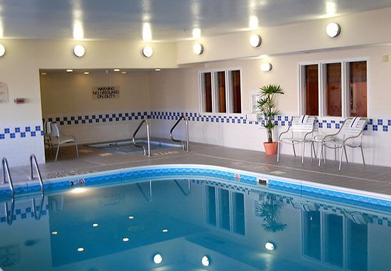 Council Bluffs, Айова: Indoor Pool and Whirlpool