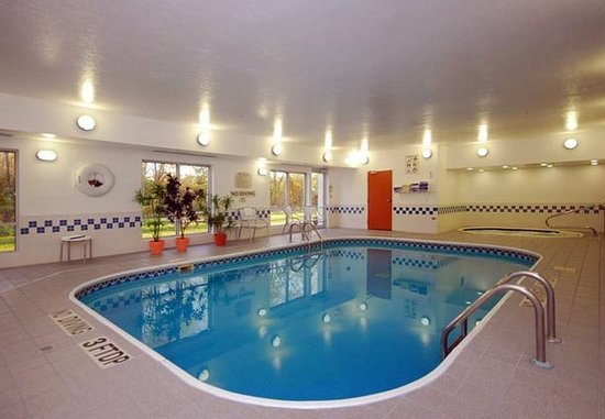 Canton, OH: Indoor Pool