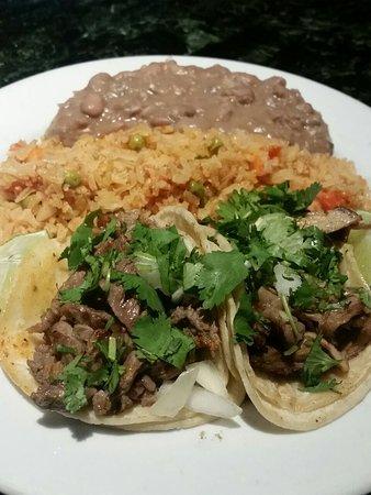 Camarillo, Kaliforniya: Taco Tuesday - would not order again