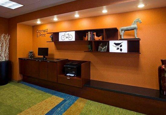Evansville, IN: Business Center
