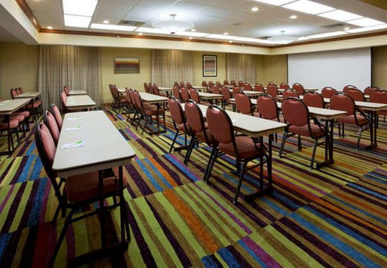 Evansville, IN: Eagles Meeting Room A