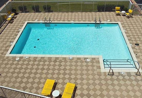 Lawton, OK: Outdoor Pool