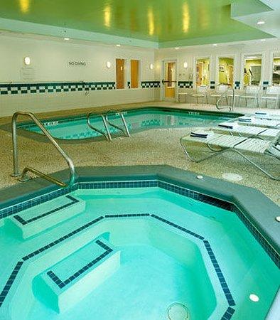 Brunswick, ME : Indoor Whirlpool