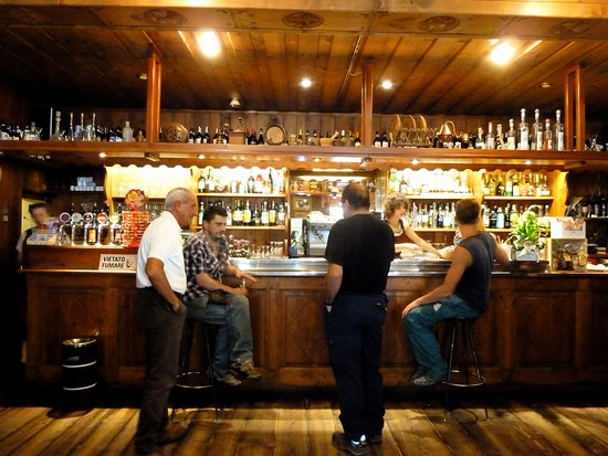 Alagna Valsesia, Italy: Banco bar