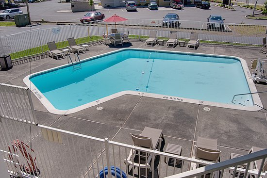 Motel 6 Kelso - Mt St Helens: Pool