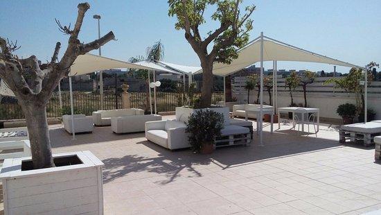 Una delle terrazze esterne - Picture of Coast, Giovinazzo - TripAdvisor
