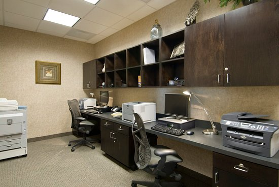 Lewisville, TX: 24-hour Business Center