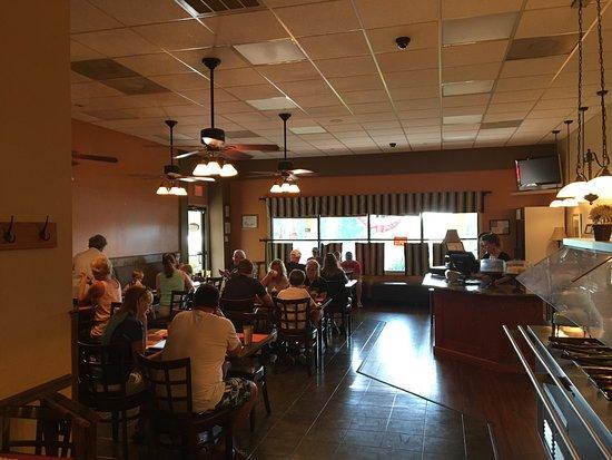 Moneta, VA: Exterior and interior