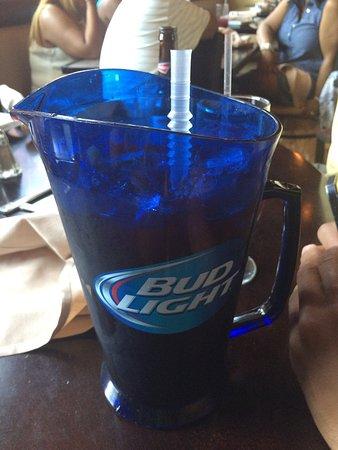 Lowell, ماساتشوستس: Birthday dinner nice drinks and food