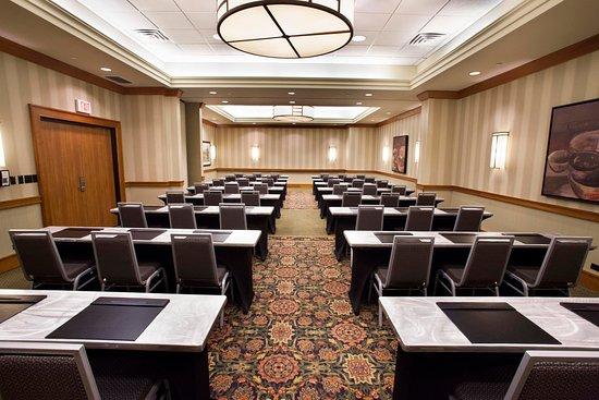 Oakbrook Terrace, IL: Large Classroom
