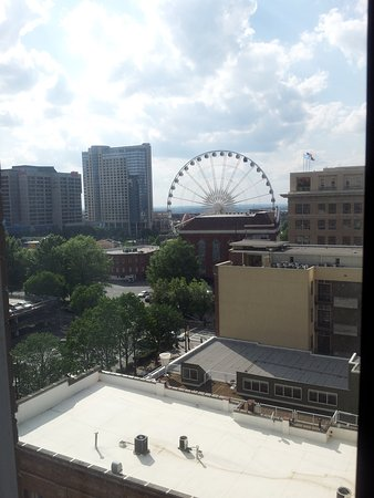 Holiday Inn Express & Suites Atlanta Downtown Photo