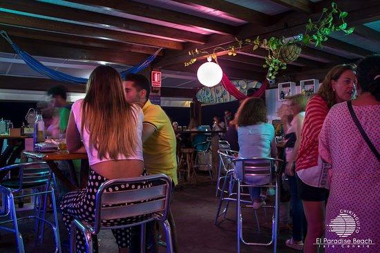 Ayamonte, España: Noche en El Paradise Beach