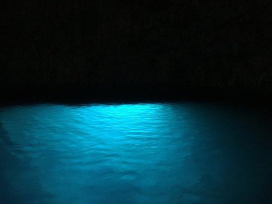 Gruta de la Esmeralda (Grotta dello Smeraldo): Grotta dello Smeraldo (Emerald Grotto)
