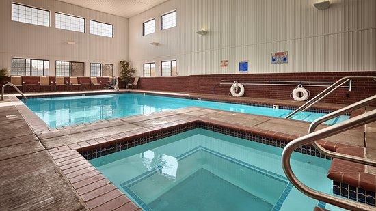 Yukon, OK: Indoor Pool