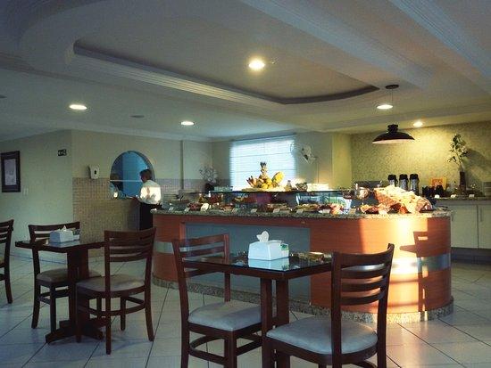 Hotel Ferraz: Café da manhã