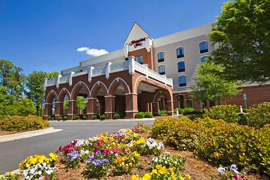 Belmont, NC: Hotel Exterior