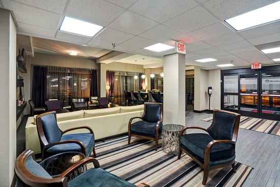 Alcoa, Τενεσί: Lobby seating