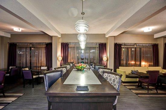 Alcoa, Τενεσί: Spacious lobby