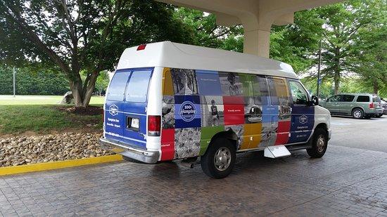 Alcoa, Τενεσί: Hotel Airport Shuttle
