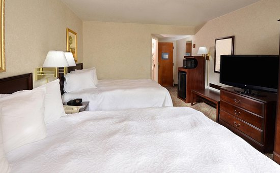 Cornelius, Carolina del Norte: Two Queen Bedroom
