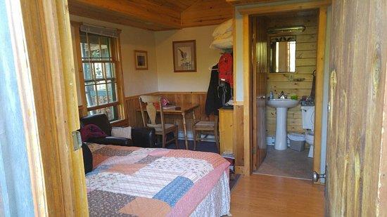 Grand Escape Cottages : 0711161907_large.jpg