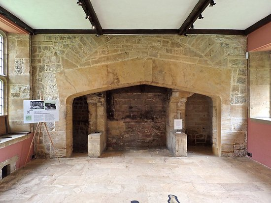 "Ilminster, UK: The old kitchen was discovered behind ""modern"" improvements."