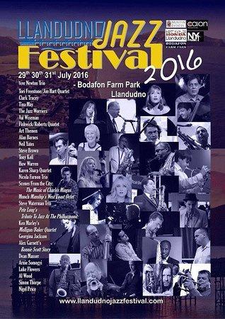 Bodafon Farm Park: Llandudno Jazz Festival 2016 Family Stoller