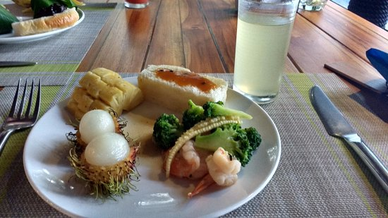 The Tubkaak Krabi Boutique Resort: Small bit of breakfast