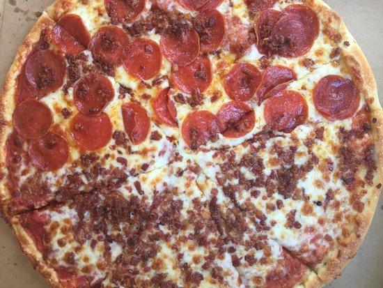 Best Pizza Ever Gggg Picture Of