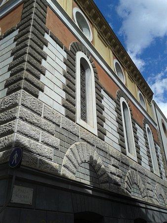 Prospetto dell'Archivio Storico Comunale da Piazza Meschita