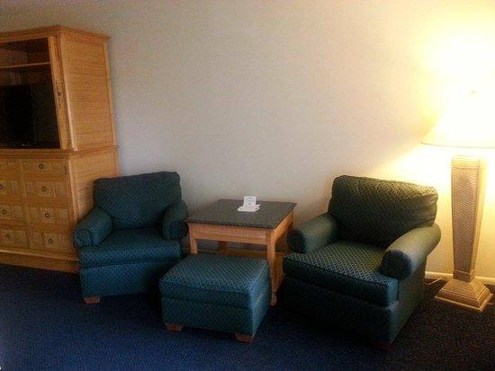 Inverness, FL: Sitting Area