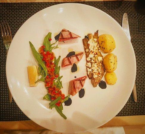 Abacus Restaurant, Garden & Bar: IMG_20160727_221721_large.jpg