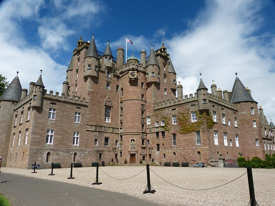 ‪‪Glamis‬, UK: Glamis castle‬