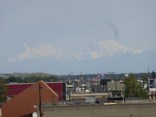 SpringHill Suites Fairbanks: Denali view from our room