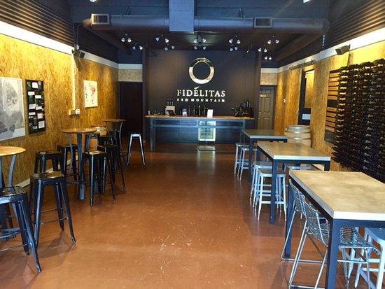 Fidelitas Wines - Woodinville