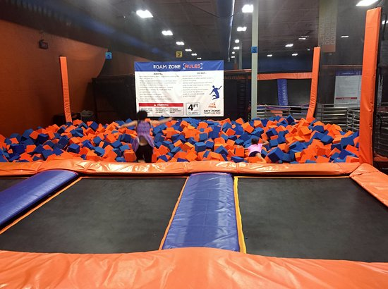 Mechanicsburg, PA: Foam pit