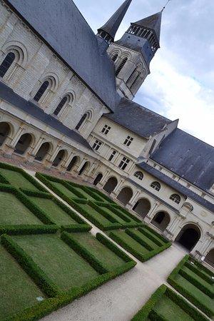 Fontevraud-l'Abbaye, Γαλλία: Cloître