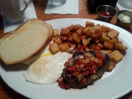 Brunswick, Τζόρτζια: Steak and Eggs