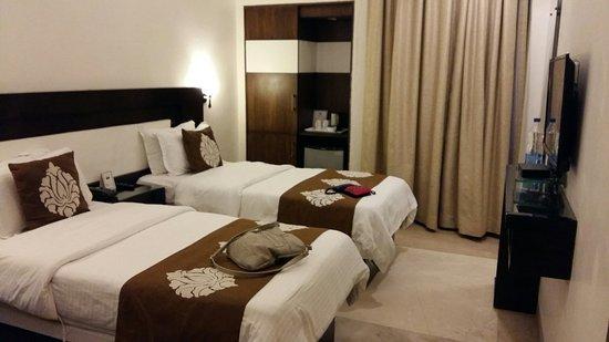 Hotel Taj Resorts: 20160727_140452_large.jpg