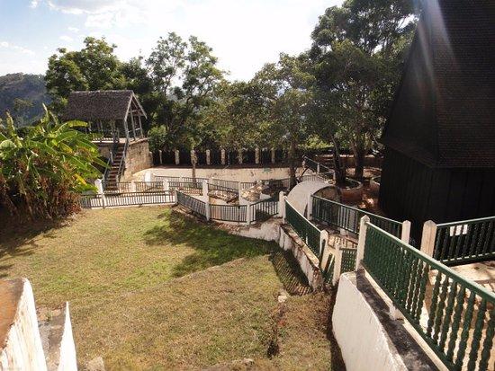 Ambohimanga: Inside the enclosure