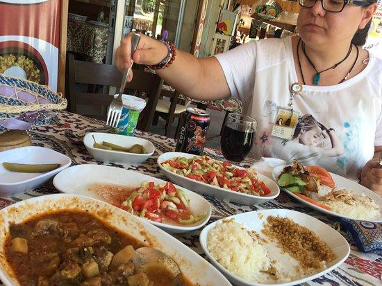 Sofra Restaurant: photo0.jpg