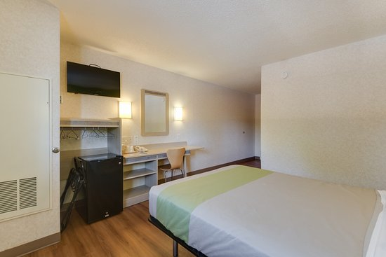 Statesville, NC: Guest Room