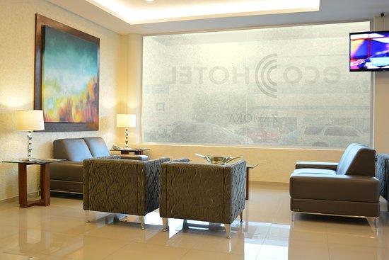 Eco Hotel: lobby