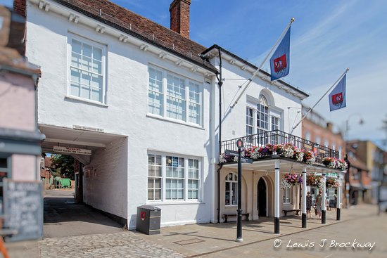 Tenterden Town Hall, photo: Lewis Brockway