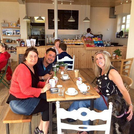 Seaton, UK: Wonderful afternoon at The Hideaway. Thank you again for a lovely lunch X