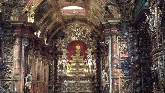 Sao Bento Monastery: Altar Mor - Nsa Sra Monserrat
